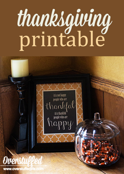 """This beautiful quote is perfect to frame and use for your Thanksgiving decor this year. Free downloadable printable, """"it is not happy people who are thankful, it is thankful people who are happy."""""""