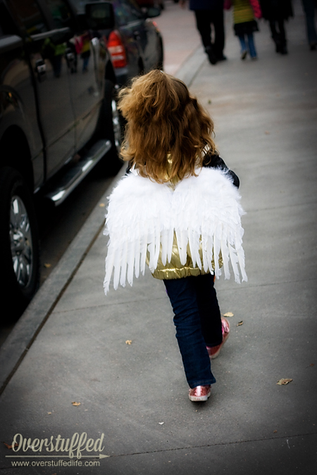 Use angel wings as the golden snitch wings.