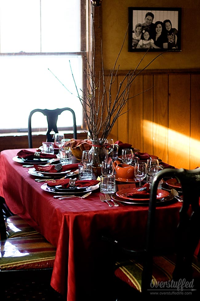 Hosting a stress-free Thanksgiving. Tip #2: Plan your table settings beforehand.