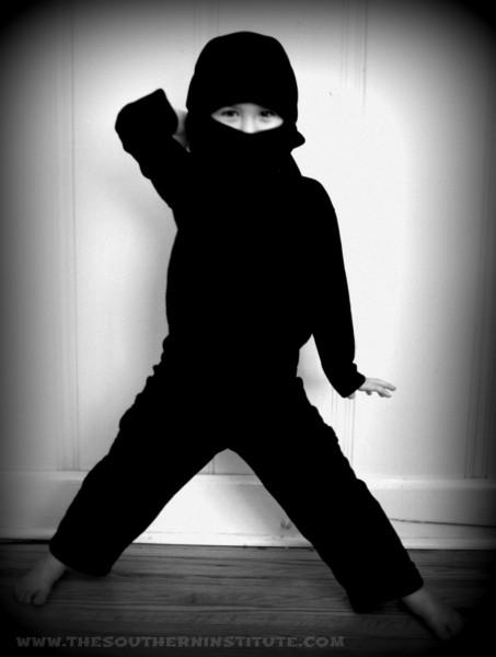 No-sew ninja Halloween costume. Super easy to make!