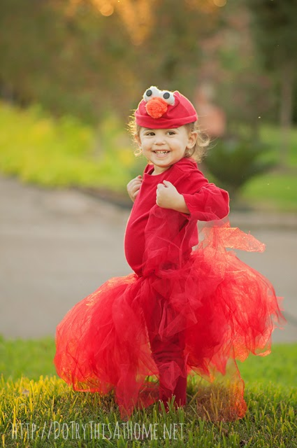 No-sew Elmo costume. Super adorable and even easier to make!
