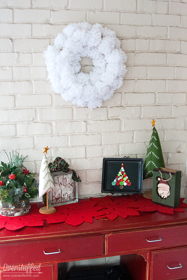 Rustic Christmas decorations.