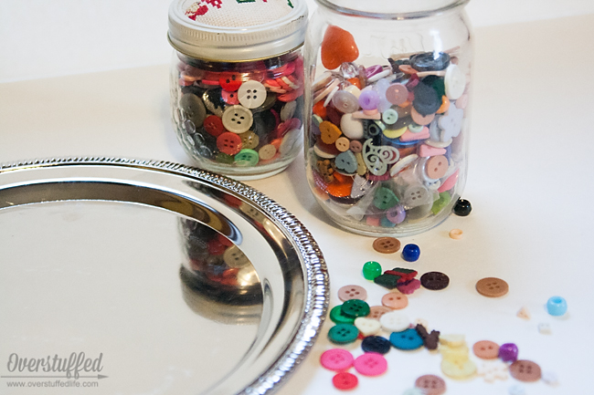 Use dollar store trays and your button stash to make fun Christmas decor.