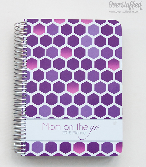 Mom on the Go Planner--a perfect gift for a busy mom.