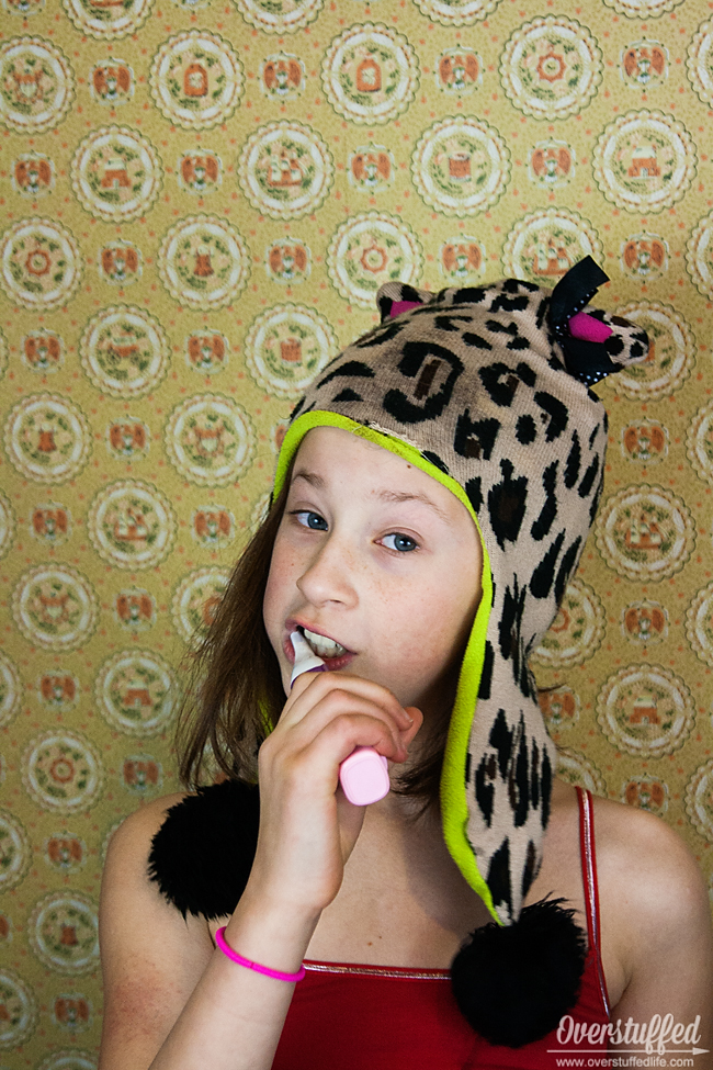 How to get your kids to brush their teeth the FUN way! #overstuffedlife