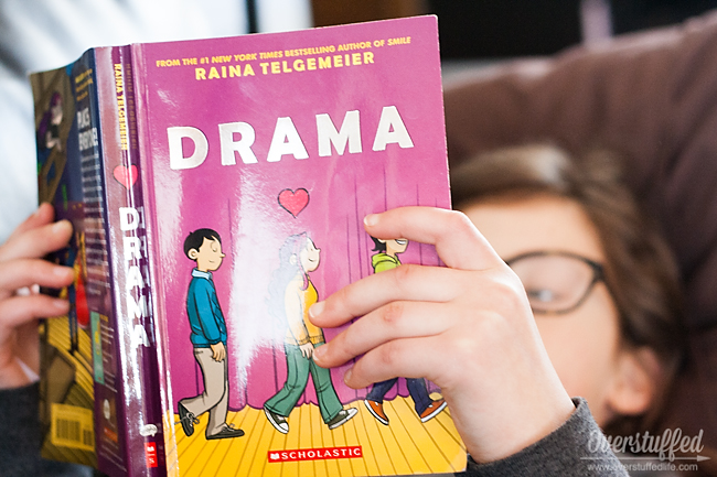 Drama by Rainia Telgemeier is a book that appeals to kids who like to read from Dork Diaries