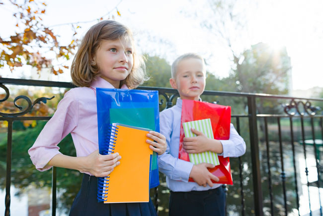 Is your child starting a new school after a move or other life transition? Here are several ideas for parents that will help kids adjust to being the new kid.