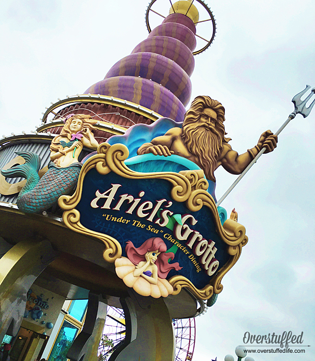 Looking to eat gluten-free in Disneyland? Try Ariel's Grotto, Redd Rocket's Pizza, or Blue Bayou.