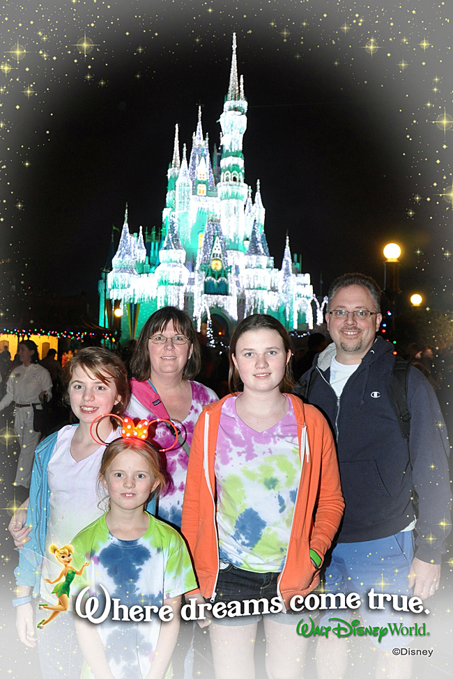 family travel | Disney World | Disney vacation | family vacation on a budget | save money at Disney | frugal travel ideas | cheap ways to do Disney | Tips for saving money at Disney World | Magic Kingdom for less money