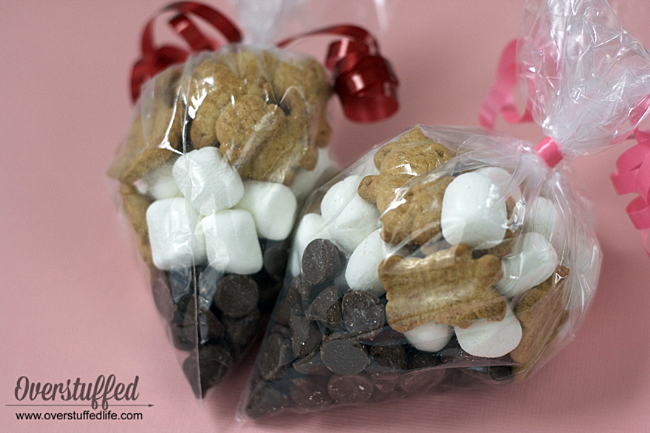 S'mores trail mix | S'more valentine treat | Teddy graham s'more mix