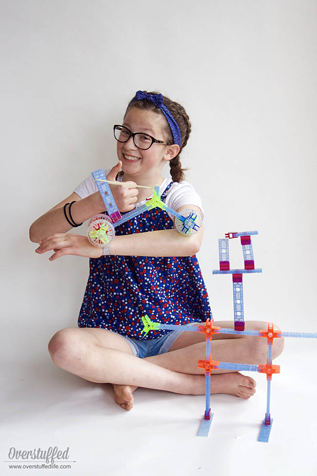 These Brackitz building sets encourage creativity and help kids learn science, math, and engineering skills. Perfect for tweens.