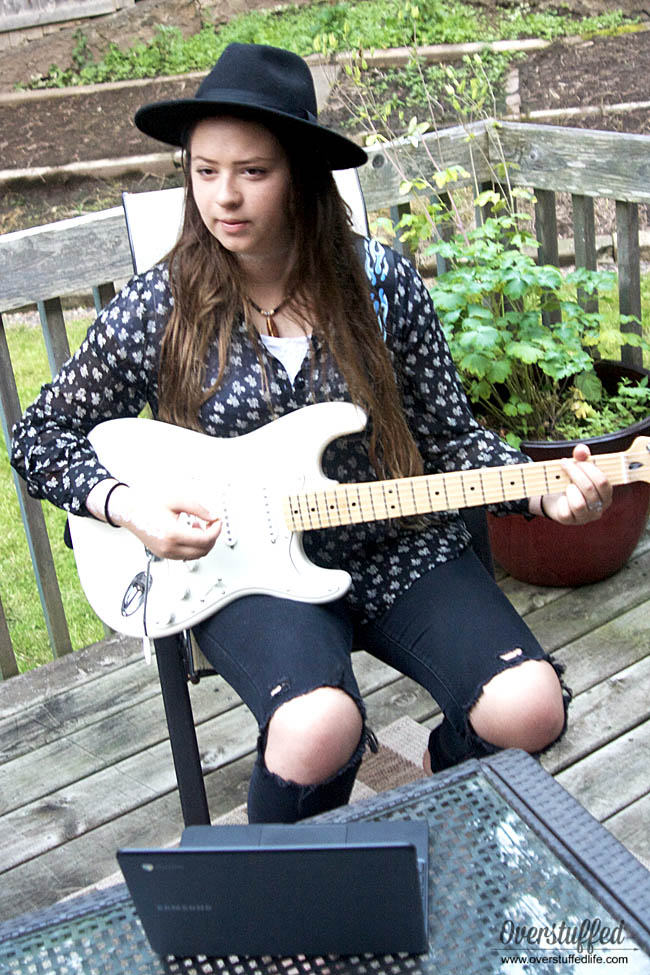Fender Play guitar lessons are a great way to help kids benefit from music lessons