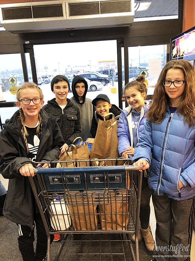 #LightTheWorld Feed the Hungry service project for tweens and teens